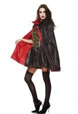 cape noire et rouge avec col