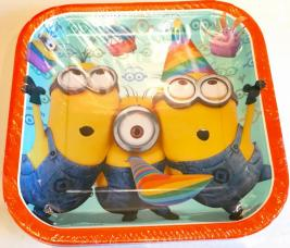assiettes carrees les minions