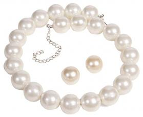 collier et boucles d oreilles perles blanches